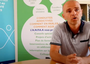 Une action collective pour prévenir les addictions dans les structures publiques ou privées